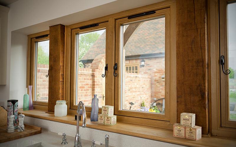 Oak effect Residence 9 window interior